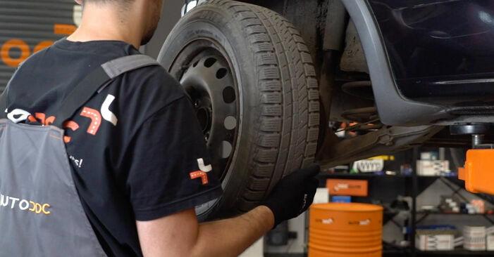 Wie OPEL CORSA 1.5 TD (F08, F68, M68) 1997 Bremsbacken ausbauen - Einfach zu verstehende Anleitungen online