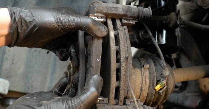 GRANDE PUNTO (199) 1.4 T-Jet 2019 Brake Discs DIY replacement workshop manual