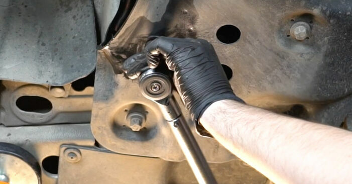 FIAT GRANDE PUNTO 1.4 Control Arm replacement: online guides and video tutorials