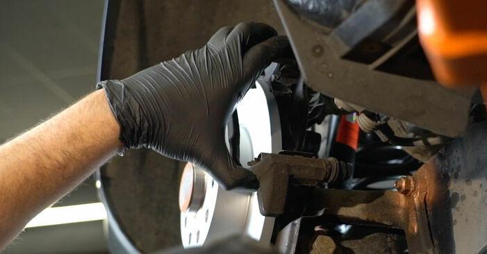 Wie schmierig ist es, selber zu reparieren: Bremsscheiben beim Octavia 1z5 1.6 2010 wechseln – Downloaden Sie sich Bildanleitungen
