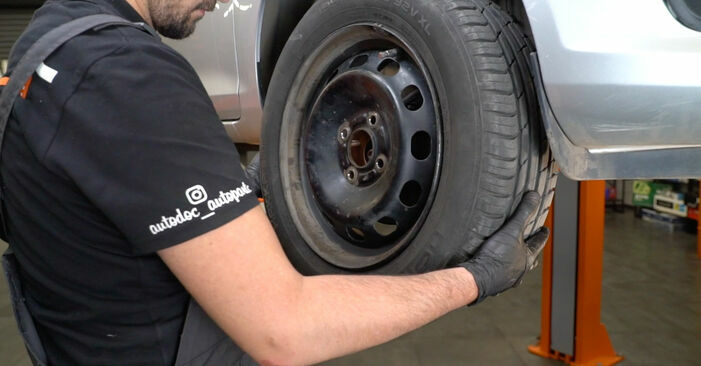 How to change Springs on FORD Fiesta Mk6 Hatchback (JA8, JR8) 2020 - tips and tricks