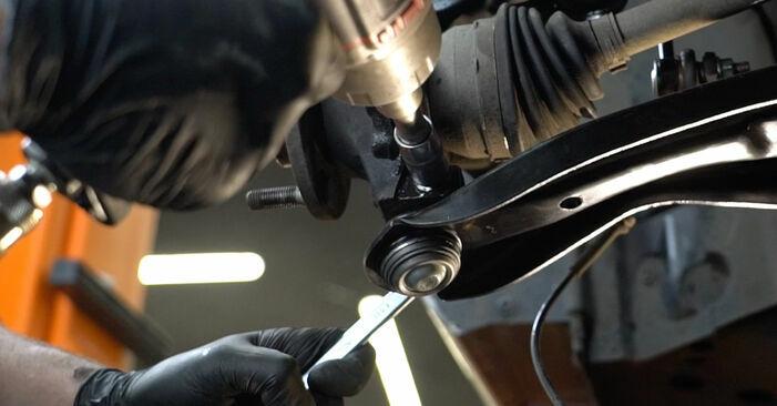 Quão difícil é efetuar a substituição de Rolamento da Roda no Ford Fiesta ja8 1.4 2014 por si mesmo - descarregue o guia ilustrado