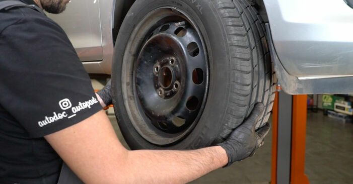 Substituindo Rolamento da Roda em Ford Fiesta ja8 2018 1.25 por si mesmo