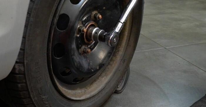 Recomendações passo a passo para a substituição de Ford Fiesta ja8 2008 1.4 LPG Rolamento da Roda por si mesmo