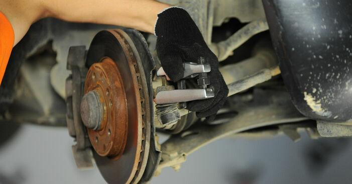 MERCEDES-BENZ A-CLASS A 190 Twin Engine Spurstangenkopf ausbauen: Anweisungen und Video-Tutorials online
