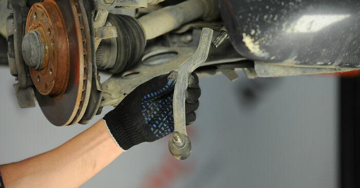 Ersetzen Sie Spurstangenkopf am Mercedes W168 1999 A 140 1.4 (168.031, 168.131) selbst
