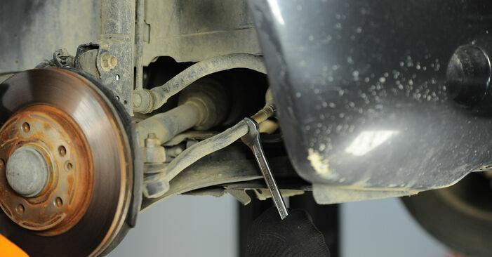 Wie kompliziert ist es, selbst zu reparieren: Spurstangenkopf am Mercedes W168 A 160 CDI 1.7 (168.006) 2003 ersetzen – Laden Sie sich illustrierte Wegleitungen herunter