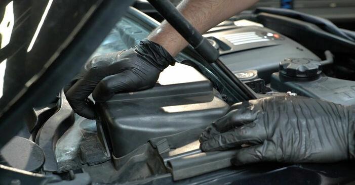 Wieviel Zeit nimmt der Austausch in Anspruch: Zündspule beim BMW E82 2009 - Ausführliche PDF-Anleitung