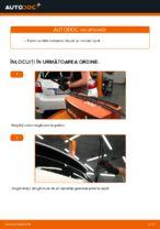 Cum se înlocuiesc lamele ștergătoarelor de parbriz din spate ale automobilului Toyota Auris E15