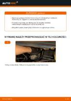 Jak wymienić klocki hamulcowe przedniego hamulca tarczowego w Opel Zafira F75