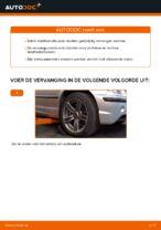Hoe u de rubbers van de voorste stabilisatorstang van een BMW E46 Touring kunt vervangen