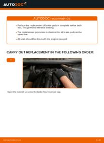 How to carry out replacement: Brake Pads on 1.6 TDI Touran 1t3
