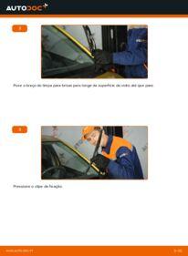 Como realizar a substituição de Escovas do Limpa Vidros no 1.0 (SCP10_) Toyota Yaris p1