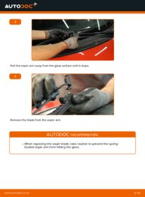 How to carry out replacement: Wiper Blades on 1.0 PEUGEOT 107