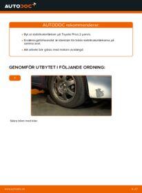 Så byter du Stabilisatorstag på 1.5 (NHW2_) Toyota Prius 2