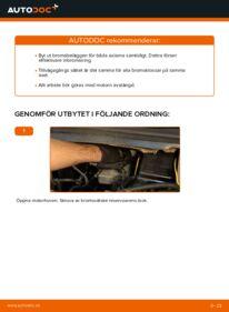Så byter du Bromsbelägg på 2.0 DTI 16V (F75) Opel Zafira f75
