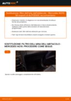 Come cambiare filtro dell'aria dell'abitacolo su Mercedes W210 - Guida alla sostituzione