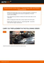 Replacing Spotlight Bulb TOYOTA AYGO: free pdf