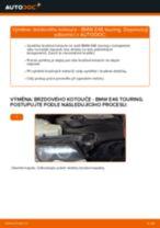 Jak vyměnit zadní brzdové kotouče na BMW E46 touring – návod k výměně