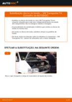 Como mudar discos de travão da parte dianteira em VW Transporter T4 - guia de substituição