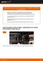 Come cambiare dischi freno della parte posteriore su Mercedes Vito W638 - Guida alla sostituzione