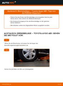 Wie der Wechsel durchführt wird: Bremsbeläge 1 Toyota Aygo ab1 tauschen