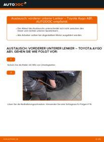 Wie der Wechsel durchführt wird: Querlenker 1 Toyota Aygo AB1 tauschen