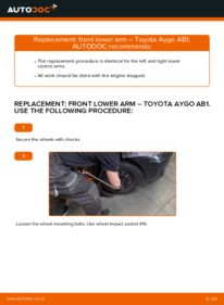 How to carry out replacement: Control Arm on 1 Toyota Aygo ab1