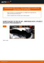 Como mudar: filtro de ar - Mercedes W211 | Guia de substituição