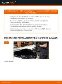 Comment effectuer un remplacement de Filtre d'Habitacle sur E 220 CDI 2.2 (211.006) Mercedes W211