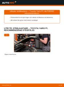 Så byter du Huvudstrålkastare på 1.0 (SCP10_) Toyota Yaris p1