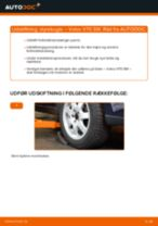 Online gratis instruktioner hvordan skifter man Styrekugle VOLVO V70 II (SW)