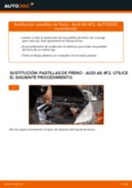 Cómo cambiar: pastillas de freno de la parte delantera - Audi A6 4F2 | Guía de sustitución
