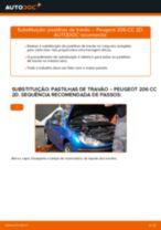 Como mudar pastilhas de travão da parte dianteira em Peugeot 206 CC 2D - guia de substituição
