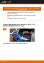 Hur byter man Bromsklotsar bak och fram PEUGEOT 206 CC (2D) - handbok online