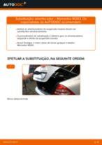 Como mudar: amortecedores da parte traseira - Mercedes W203 | Guia de substituição