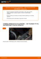 Ako vymeniť zadné brzdové platničky na VW Touran 1T1 1T2 – návod na výmenu