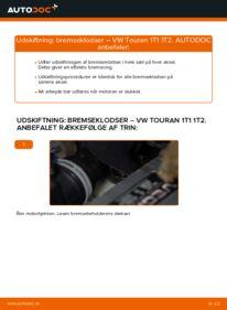 Hvordan man udfører udskiftning af: Bremseklodser på 1.9 TDI Touran 1t1 1t2