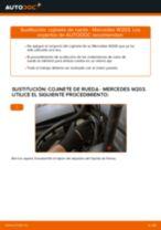 Cómo cambiar: cojinete de rueda de la parte delantera - Mercedes W203 | Guía de sustitución