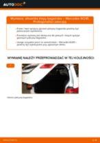 Jak wymienić siłowników klapy bagażnika w Mercedes W245 - poradnik naprawy