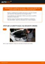 Como mudar pastilhas de travão da parte traseira em Mercedes W245 - guia de substituição
