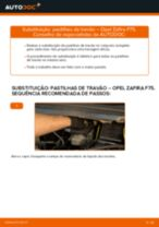 Como mudar pastilhas de travão da parte traseira em Opel Zafira F75 - guia de substituição