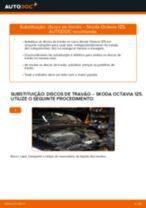 Como mudar discos de travão da parte traseira em Skoda Octavia 1Z5 - guia de substituição