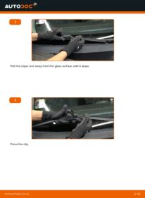 How to carry out replacement: Wiper Blades on 1.6 16V Ford Focus DAW