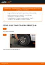 Udskift støddæmper bag - VW T5 Transporter | Brugeranvisning