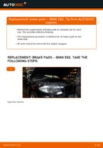 Step by step PDF-tutorial on Deflection / Guide Pulley, timing belt Audi Cabriolet 8g7 b4 replacement