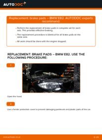 How to carry out replacement: Brake Pads on 120d 2.0 BMW E82