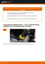 Remblokken vervangen VW TRANSPORTER: werkplaatshandboek