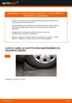 Cambio Alojamiento de amortiguador telescópico delanteros y traseros TOYOTA RAV4: tutorial en línea