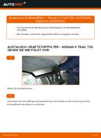 Wie der Wechsel durchführt wird: Kraftstofffilter Nissan X Trail t30 2.2 dCi 4x4 2.2 Di 4x4 2.5 4x4 tauschen